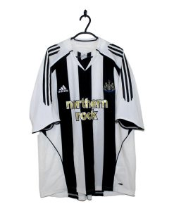 2005-07 Newcastle United Home Shirt