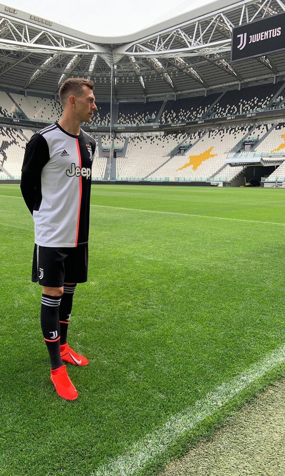 34f5aeccd Juventus 2019-20 Home Kit Leaked