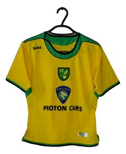 2005-06 Norwich City Home Shirt